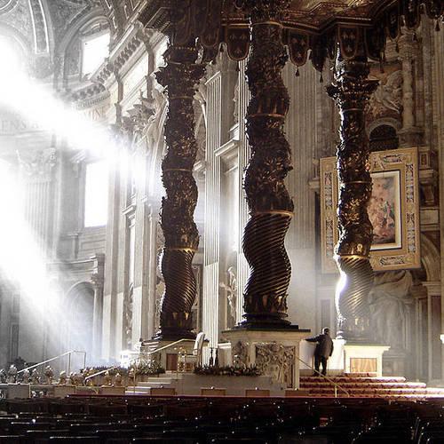 ทัวร์อิตาลี อิตาลี แท่นบูชาบัลแดคคิโน St. Peter's Baldachin