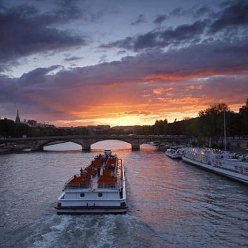 ล่องเรือ ทัวร์ฝรั่งเศส