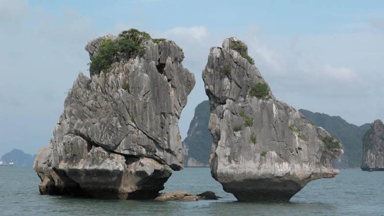 เกาะไก่ชน