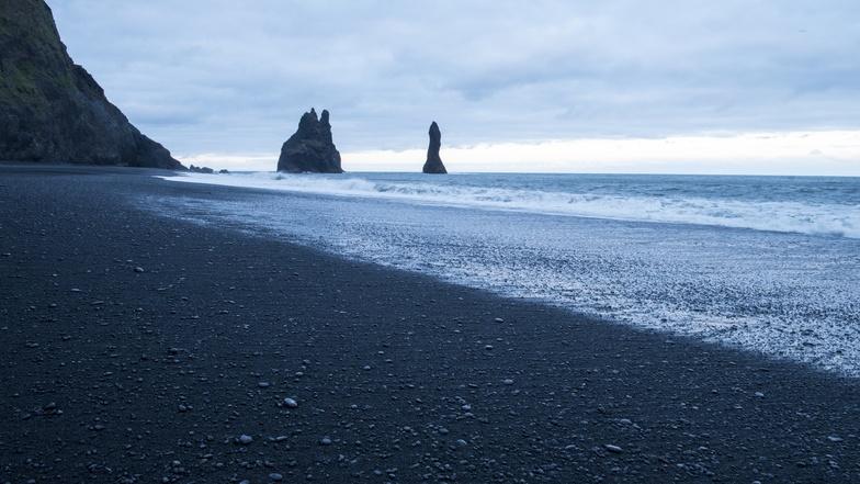 หาดทรายสีดำ