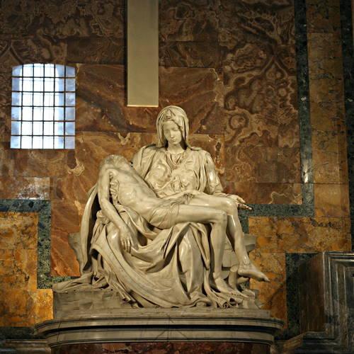 ทัวร์อิตาลี อิตาลี รูปปั้นแกะสลักเพียต้า