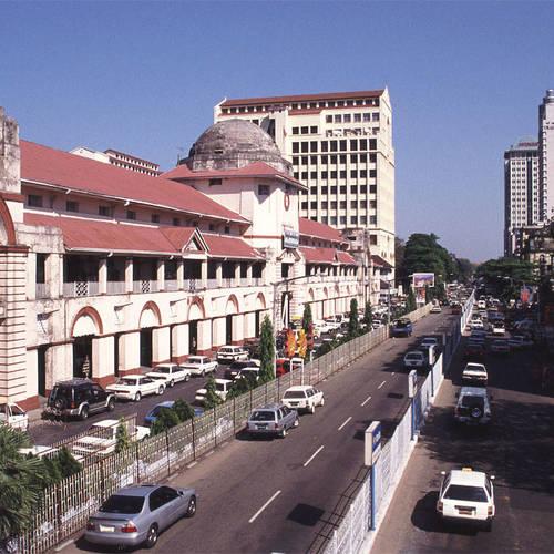 ทัวร์พม่า ย่างกุ้ง หงสา  ตลาดโบโออองซานหรือตลาดสก๊อต