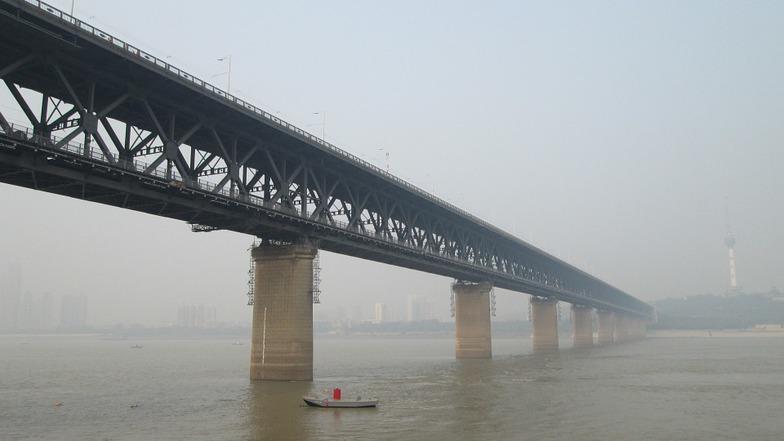 สะพานข้ามแม่น้ำแยงซีเกียง