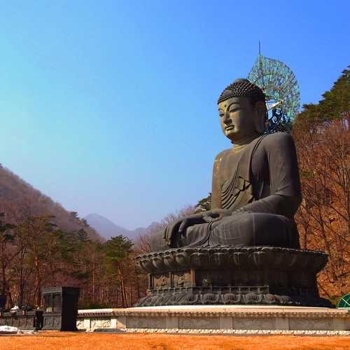ทัวร์เกาหลี กรุงโซล วัดชินฮึงซา