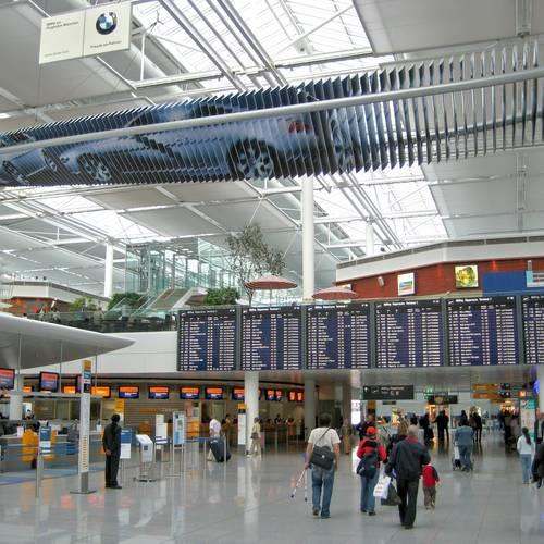ทัวร์เยอรมัน เยอรมัน เช็ค ออสเตรีย สโลวัค ฮังการี สนามบินนครมิวนิค