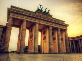 ทัวร์เยอรมนี 8 วัน 5 คืน พระราชวังซองส์ซูซี ปราสาทนอยชวานสไตน์  บิน EK  เยอรมัน วันอาสาฬหบูชา / วันเข้าพรรษา
