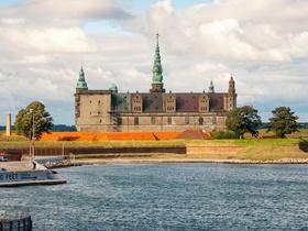ทัวร์สแกนดินีเวีย สวีเดน นอร์เวย์ เดนมาร์ก 8 วัน 5 คืน พักบนเรือสำราญ DFDS SEAWAYS สวนสนุกทิโวลี่  บิน (EK)  สวีเดน นอร์เวย์ เดนมาร์ก ทัวร์ วันแม่ วันอาสาฬหบูชา / วันเข้าพรรษา ทัวร์ยุโรปราคาถูก ทัวร์ราคาสุดคุ้ม