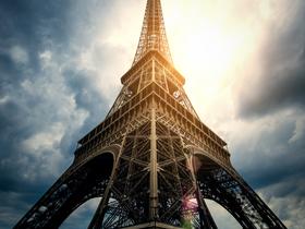 ทัวร์ฝรั่งเศส ปารีส  7 วัน 4 คืน หอไอเฟล  ล่องเรือบาโตมุช บิน QR  ฝรั่งเศส เที่ยววันหยุด วิสาขบูชา