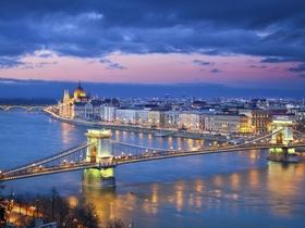 ทัวร์ยุโรปตะวันออก เยอรมัน เชค  ออสเตรีย ฮังการี   9 วัน 6 คืน  พระราชวังเชิร์นบรุน ปราสาทเฮอเรนคิมเซลุดวิค บิน  (EK)  เยอรมัน เช็ก ออสเตรีย ฮังการี วันที่ 13 ตุลาคม เนื่องในวันคล้ายวันสวรรคต พระบาทสมเด็จพระปรมินทรมหาภูมิพลอดุลยเดช ทัวร์ วันแม่ เที่ยววันหยุด ปิยมหาราช ทัวร์ยุโรปตะวันออก ออสเตรีย ฮังการี เช็ก สโลวาเกีย ทัวร์ราคาสุดคุ้ม