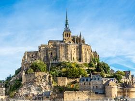 ทัวร์ฝรั่งเศส ปารีส  9 วัน 6 คืน ปราสาทชองบอร์ด (ปราสาทลุ่มน้ำลัวร์)  นั่งรถไฟ TGV  บิน TG ฝรั่งเศส วันหยุดเทศกาล เฉลิมพระชนมพรรษารัฐกาลที่ 10 วันอาสาฬหบูชา / วันเข้าพรรษา