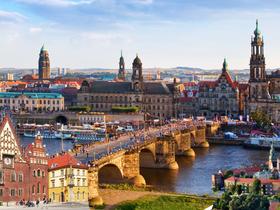ทัวร์ยุโรป เชค โปแลนด์ เยอรมัน  8 วัน 6 คืน มหาวิหารเซนต์วิตัส ชมเมืองเก่าคราคูฟ บิน AY  โปแลนด์ เช็ก เยอรมัน  วันที่ 13 ตุลาคม เนื่องในวันคล้ายวันสวรรคต พระบาทสมเด็จพระปรมินทรมหาภูมิพลอดุลยเดช วันอาสาฬหบูชา / วันเข้าพรรษา ทัวร์ วันแม่ ทัวร์ยุโรปราคาถูก ทัวร์ราคาสุดคุ้ม