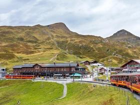 ทัวร์ยุโรปตะวันตก อิตาลี สวิส ฝรั่งเศส เกาะเวนิส 10 วัน 7 คืน นั่งรถไฟขึ้นยอดเขาจุงเฟรา  นั่งรถไฟ TGV  บิน  TG  อิตาลี สวิส ฝรั่งเศส ทัวร์ Premium ทัวร์ยุโรป อิตาลี สวิส ฝรั่งเศส ทัวร์ราคาสุดคุ้ม