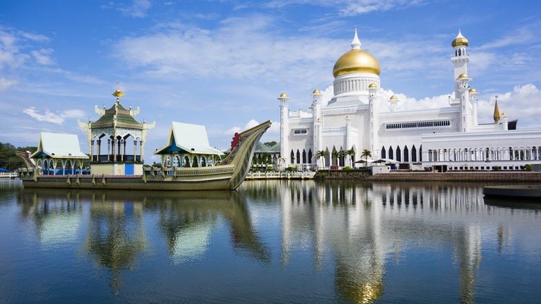 ทัวร์บาหลี บรูไน 5 วัน 4 คืน ภูเขาไฟบาร์ตูห์  มัสยิดทองคำ บิน Royal Brunei Airlines