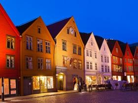 ทัวร์ยุโรป สวีเดน นอร์เวย์ เดนมาร์ค 8 วัน 5 คืน ลานกระโดดสกี โฮเมนโคเล่น  ปราสาทโรเซนบอร์ก บิน TG  สวีเดน นอร์เวย์ เดนมาร์ก ทัวร์ต้อนรับวันปีใหม่ ทัวร์ต้อนรับเทศกาลวันพ่อ วันคริสต์มาส ทัวร์ยุโรปตะวันออก ออสเตรีย ฮังการี เช็ก สโลวาเกีย ทัวร์ราคาสุดคุ้ม