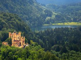 ทัวร์ยุโรป ออสเตรีย เยอรมนี เชค 9 วัน 6 คืน เข้าชมความงามของปราสาทนอยชวานสไตน์ บิน BR  เยอรมัน เช็ก ออสเตรีย Top seller ทัวร์ต้อนรับวันปีใหม่ ทัวร์ราคาสุดคุ้ม