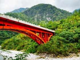 ทัวร์ไต้หวัน ไทจง ไทเป 6 วัน 5 คืน อุทยานทาโรโกะ นั่งรถไฟโบราณชมสวนสนพันปี บิน CI ไต้หวันอุทยาน