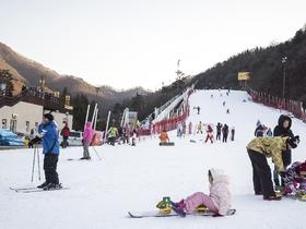 ทัวร์เกาหลี กรุงโซล 5 วัน 3 คืน เทศกาลตกปลาน้ำแข็ง สวนสนุกล๊อตเต้เวิลล์ บิน XJ กรุงโซล
