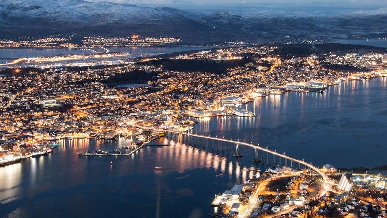 ทัวร์สวีเดน นอร์เวย์ เดนมาร์ก กรุงสต๊อกโฮล์ม โคเปนเฮเกน 10วัน 7คืน ล่องเรือสำราญ Silja Line นั่งรถไฟสายโรแมนติก บิน การบินไทย