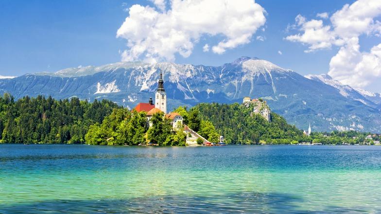 ทัวร์ยุโรป ออสเตรีย สโลวีเนีย โครเอเชีย 10 วัน 7 คืน อุทยานแห่งชาติพลิตวิเซ่ เมืองมรดกโลกดูบรอฟนิก ล่องเรือทะเลสาบเบลด บิน การบินไทย